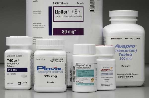 Report: US medicine spending up 8.5 percent 2015 photo
