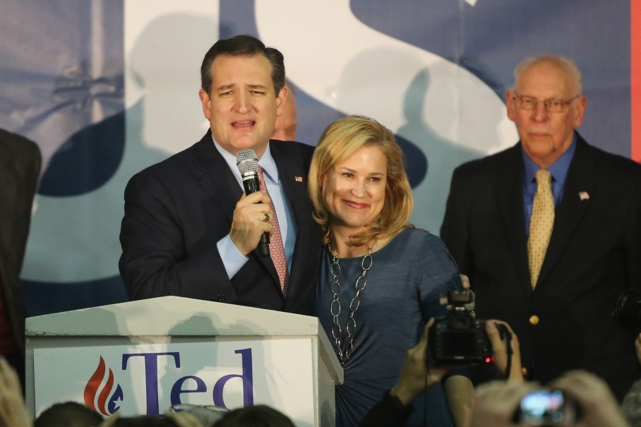 DES MOINES, IA - FEBRUARY 01: Republican presidential candidate Sen. Ted Cruz (R-TX) stands with his wife Heidi as he addresses supporters after winning at the caucus night gathering at the Iowa State Fairgrounds on February 1, 2016 in Des Moines, Iowa. Cruz beat out frontrunner Donald Trump and Marco Rubio (R-FL) to win the Iowa caucuses. (Photo by Christopher Furlong/Getty Images)